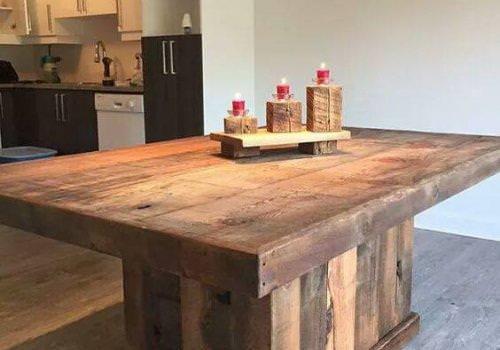 Tavolo isola in legno realizzato con…