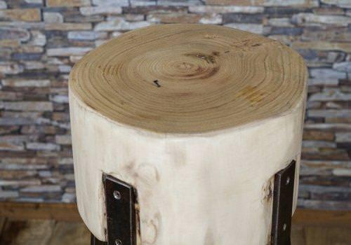 Sgabello in legno massello circolare con…