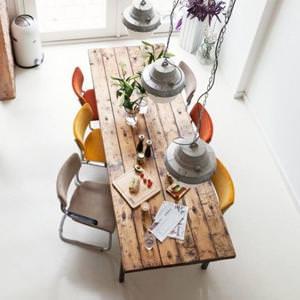 Tavoli in legno massello e gambe in ferro : Vik. Tavolo da cucina ...