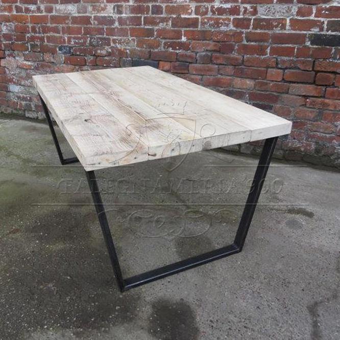 Tavolo in legno massello simply tavolo da cucina con - Gambe in ferro per tavoli ...