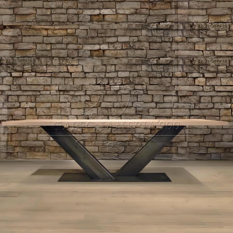 Tavolo in legno massello majestic tavolo industriale in for Designer di mobili in legno