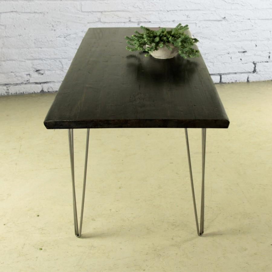 Tavolo in legno massello black style tavolo da cucina for Tavolo da cucina legno