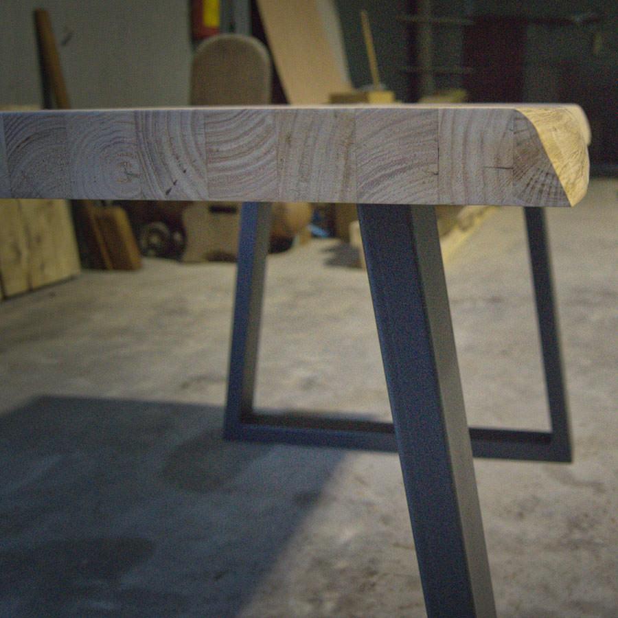Tavolo in legno massello naturale: Frank