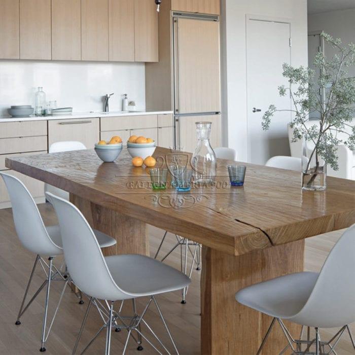 Tavolo legno massello gambe in legno