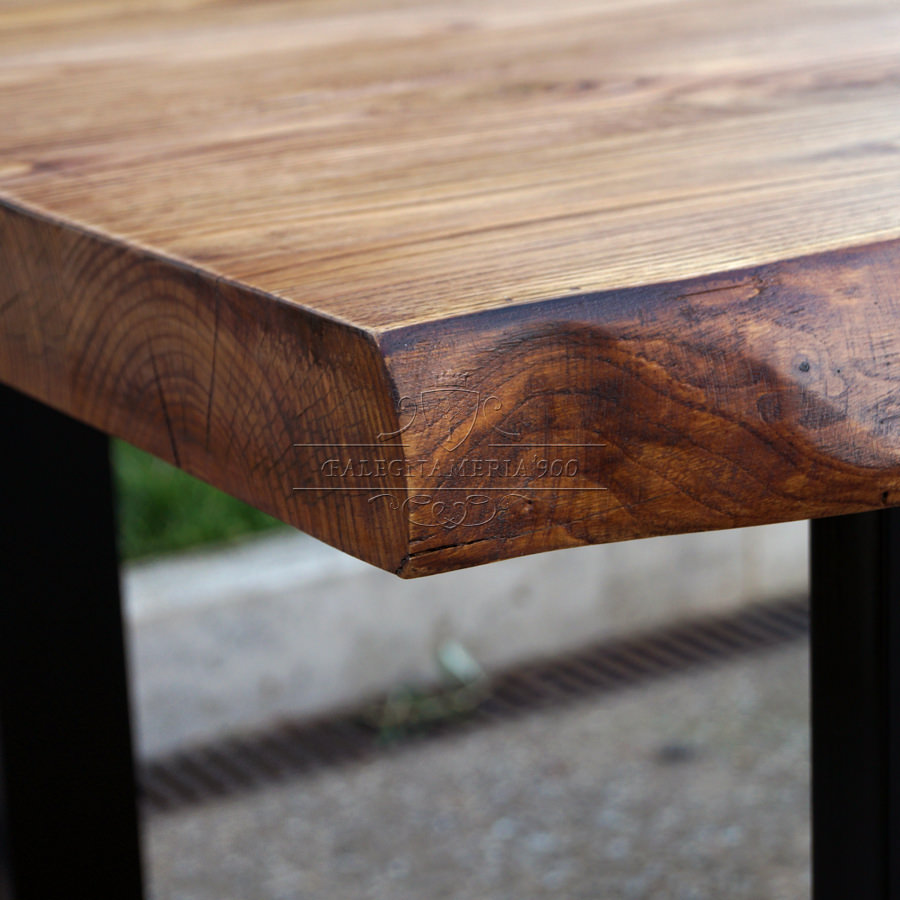 Tavolo legno massello di castagno gambe in ferro impero for Tavolo legno e ferro