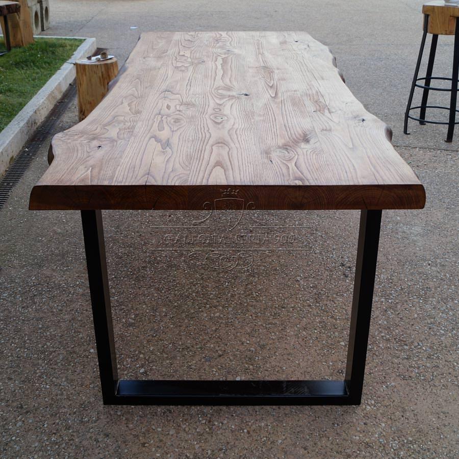 Tavolo legno massello castagno e gambe in ferro da 859 for Gambe di legno