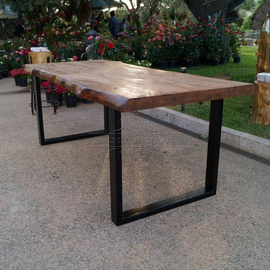 Tavolo legno massello castagno e gambe in ferro offerta for Gambe di legno