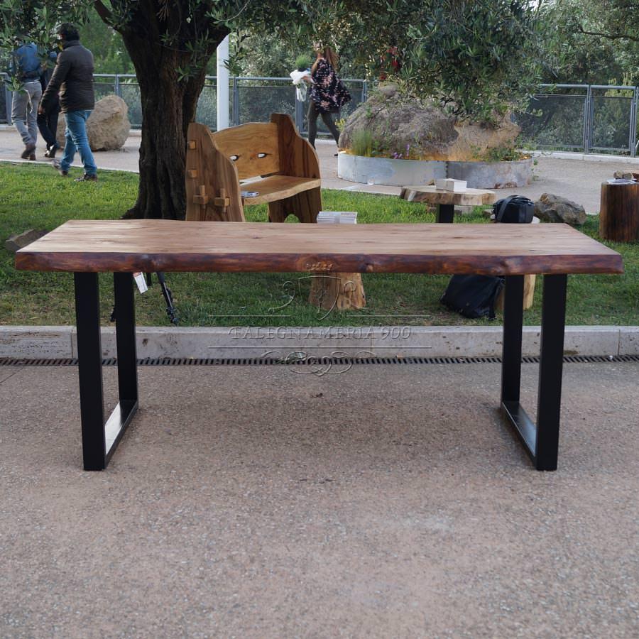 Tavolo legno massello castagno e gambe in ferro da 859 for Tavolo legno e ferro