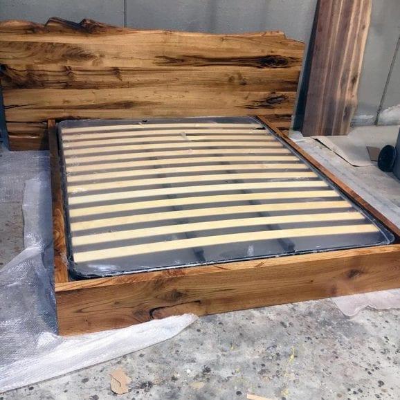 Letto artigianali in legno massello