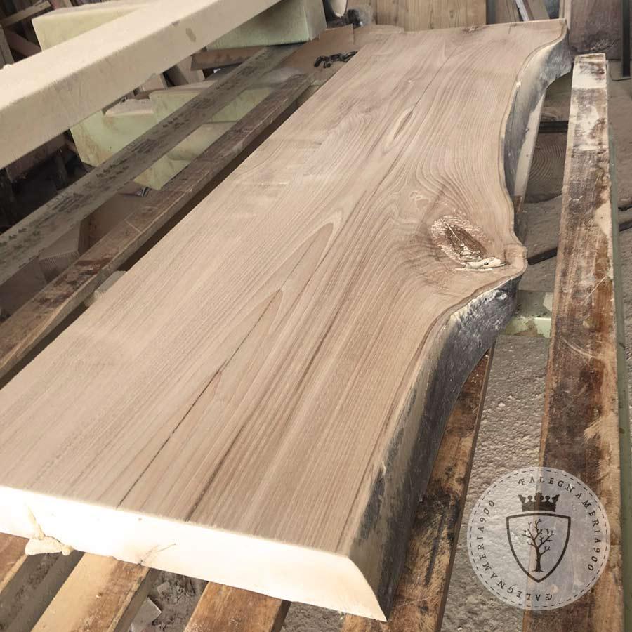 Mensola in legno massello di castagno falegnameria900 for Scaffali in legno grezzo