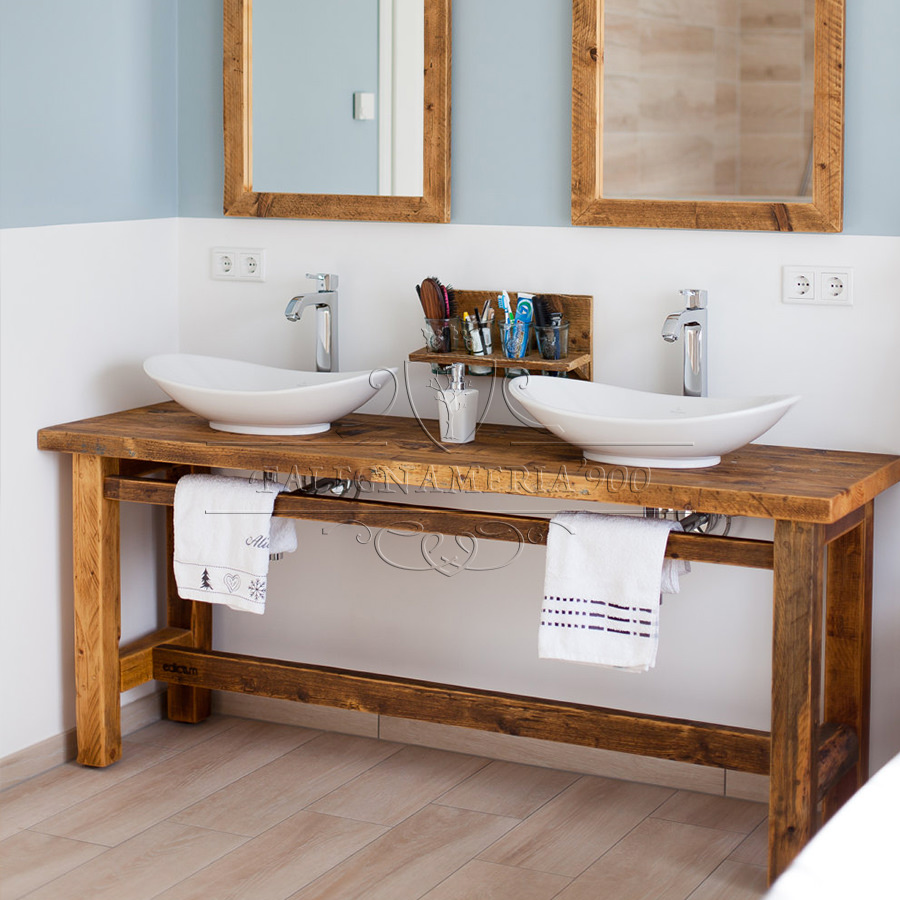 Mobile bagno in legno massello per doppio lavabo for Arredamento di design naturale