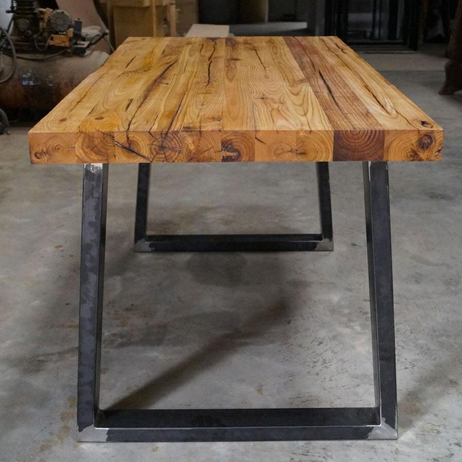 Tavolo industriale in legno massello