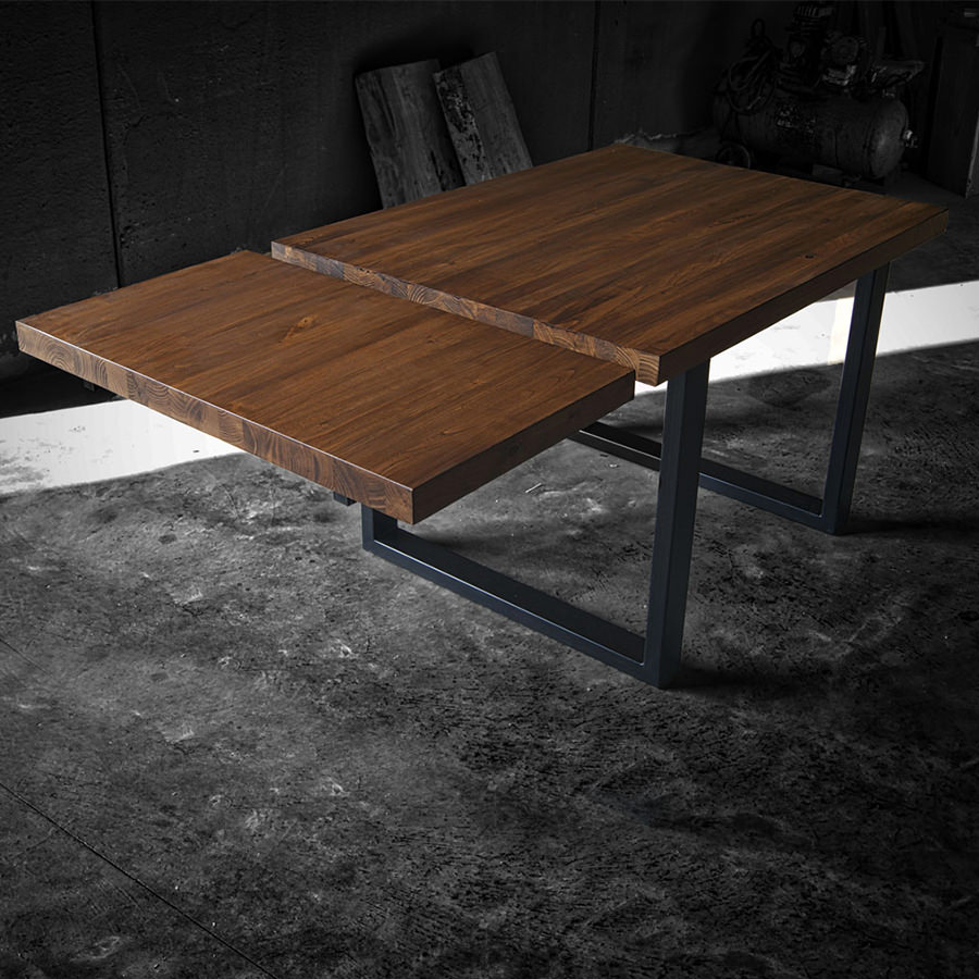 Tavolo legno massello con prolunga e gambe in ferro