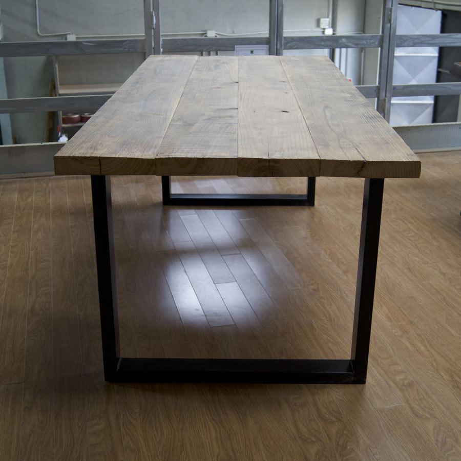 Tavolo vintage industriale in legno massello di castagno