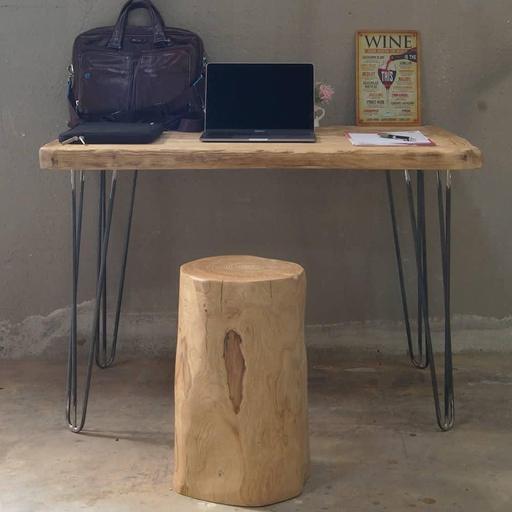 Tavolo consolle in legno massello e gambe in ferro for Tavolo legno e ferro