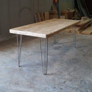 Tavolo in legno massello di abete finitura vintage - Keiro