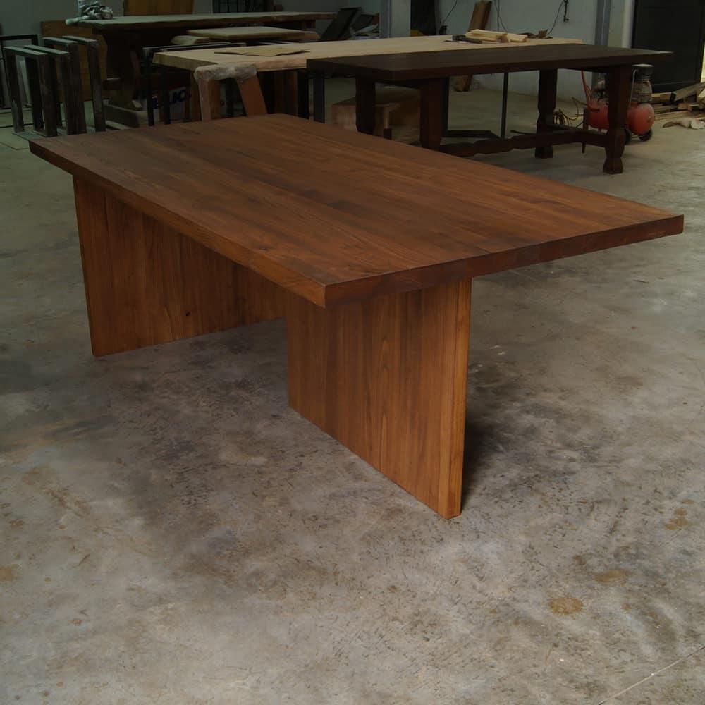 Tavolo legno massello castagno con gambe in legno offerta da - Tavoli in legno massello rustici ...