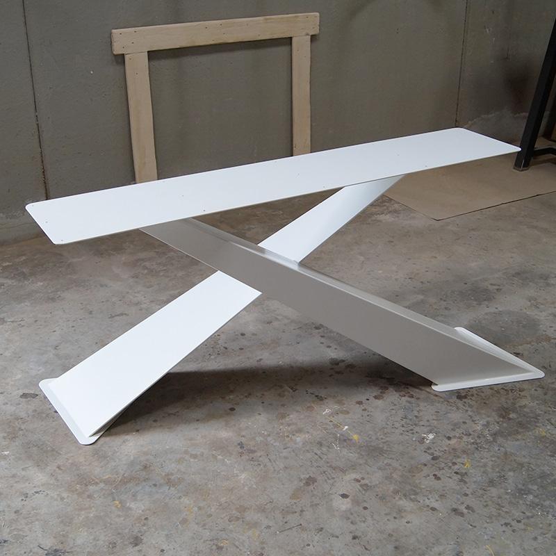 Gambe ad x per tavoli in legno massello realizzabili su for Tavoli design online