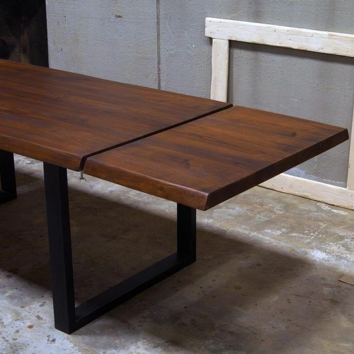 Tavolo allungabile in legno massello